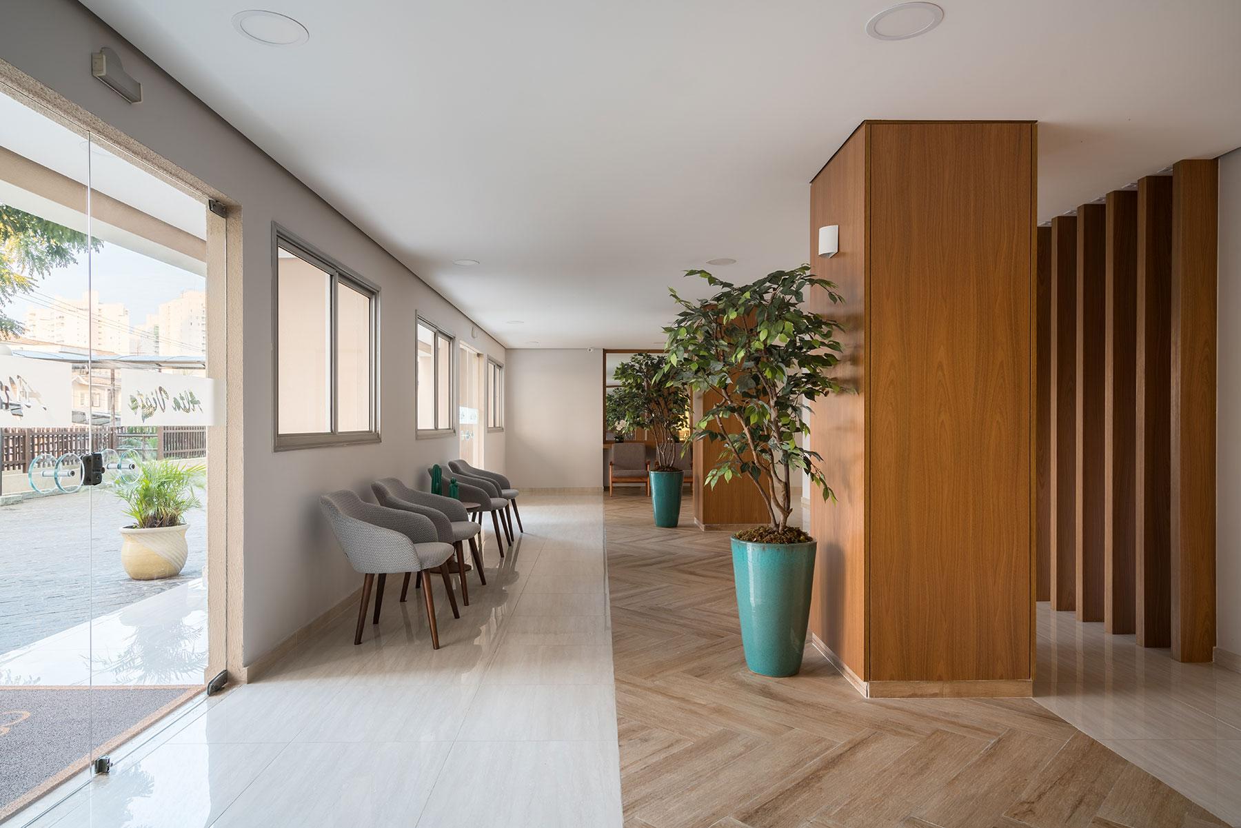 https://www.betaniapacheco.com.br/wp-content/uploads/2021/03/arquitetura-inspiracao-hall-de-entrada-betaniapacheco-1.jpg